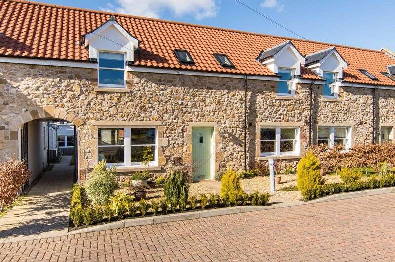 3 Bedrooms Terraced House for sale in 215 Main Street, Pathhead, Midlothian, EH37 5SQ