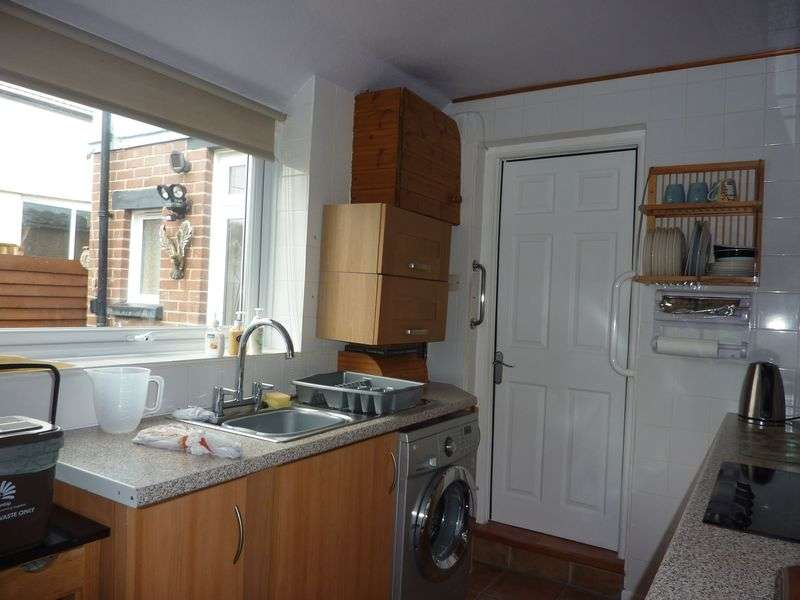3 Bedrooms House for sale in Lym Close, Lyme Regis