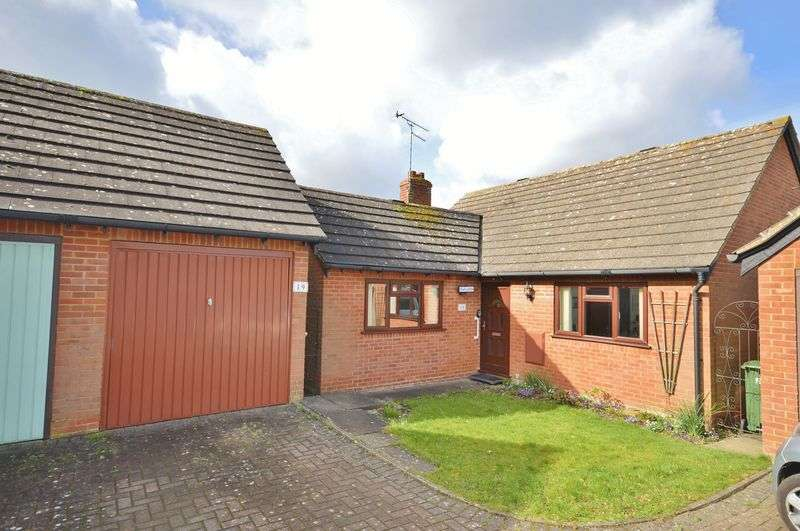 2 Bedrooms Detached Bungalow for sale in Chinnor