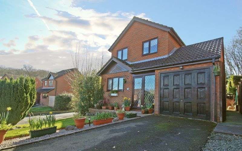 3 Bedrooms Detached House for sale in Rockford Close, Oakenshaw South. Redditch
