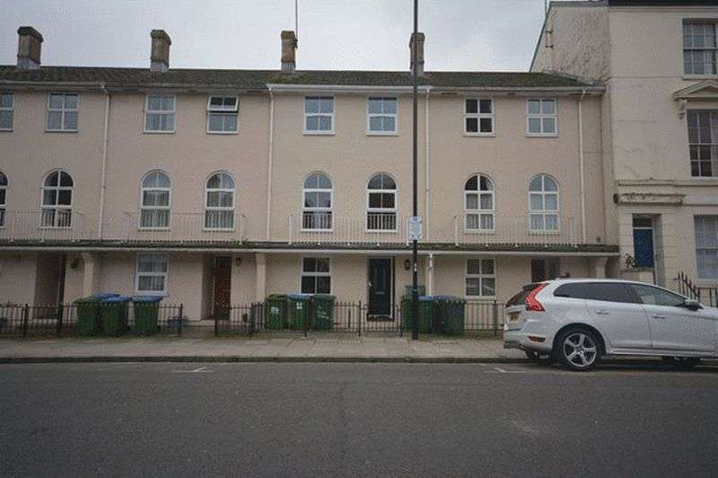 6 Bedrooms Terraced House for rent in Jessie Terrace, Southampton