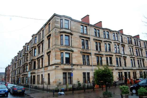 2 Bedrooms Flat for sale in Drive Road 1/2, Govan, G51