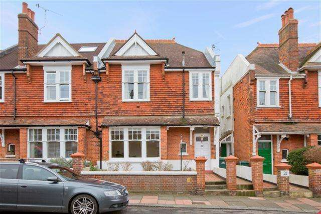 4 Bedrooms Semi Detached House for sale in Chatsworth Road, Brighton