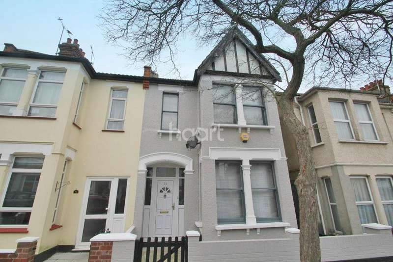 3 Bedrooms Semi Detached House for sale in Macdonald Avenue