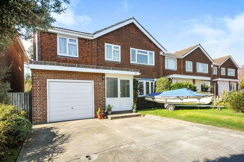4 Bedrooms Detached House for sale in Court Crescent, Swanley, BR8