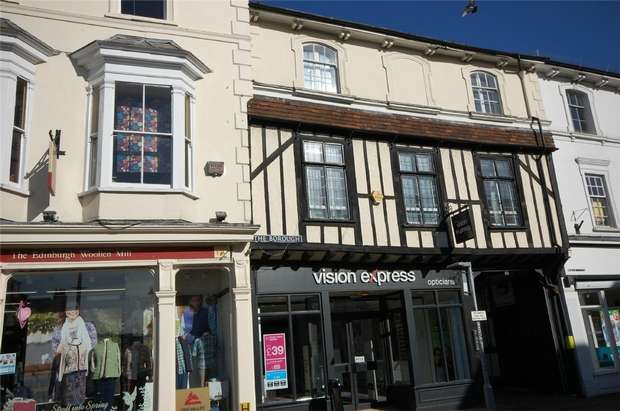 2 Bedrooms Flat for sale in Farnham, Surrey