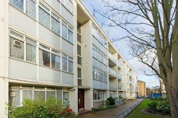 2 Bedrooms Flat for sale in Sutherland Court, Marylands Road, London, W9