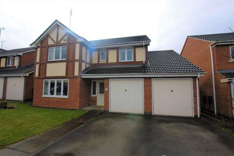 5 Bedrooms Detached House for sale in Swallow Close, Uttoxeter
