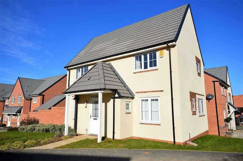 3 Bedrooms Detached House for sale in Kingfisher Drive, Whitby