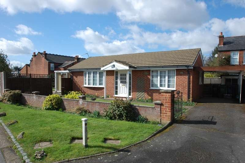 2 Bedrooms Detached Bungalow for sale in Sycamore Road, Chalfont St Giles, HP8