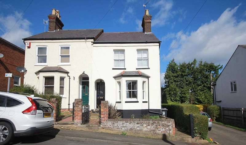 3 Bedrooms House for sale in 3 DOUBLE BEDROOMS WITH PARKING IN Astley Road, HP1