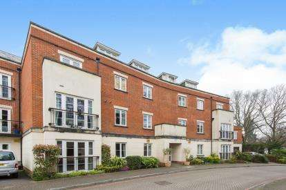 2 Bedrooms Flat for sale in Bassett, Southampton, Hampshire