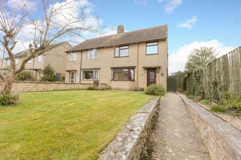 3 Bedrooms Semi Detached House for sale in Giernalls Road, Witney