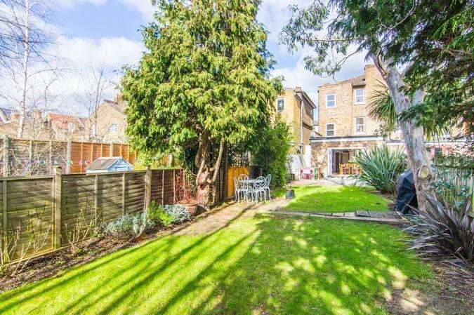5 Bedrooms Semi Detached House for sale in Denmark Road, Ealing