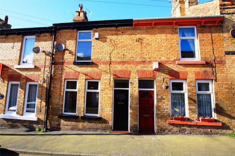 2 Bedrooms Terraced House for sale in 11 Sandringham Street, Scarborough
