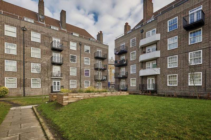 3 Bedrooms Apartment Flat for sale in Lucraft House, London, SW2