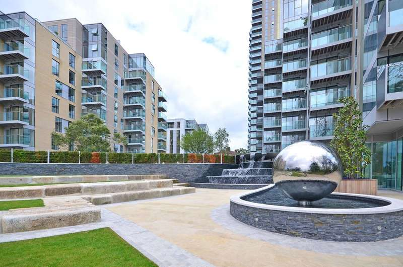 3 Bedrooms Flat for sale in Woodberry Down, Manor House, N4