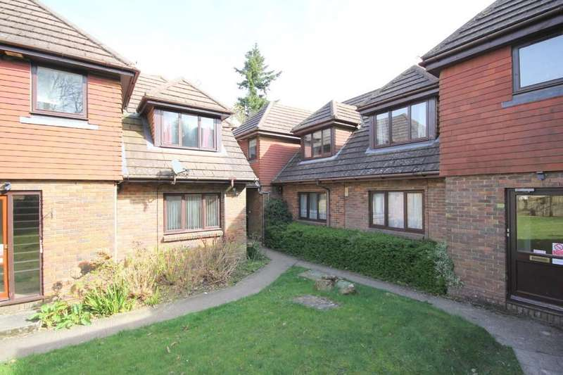 1 Bedroom Apartment Flat for sale in Beacon Road, Crowborough