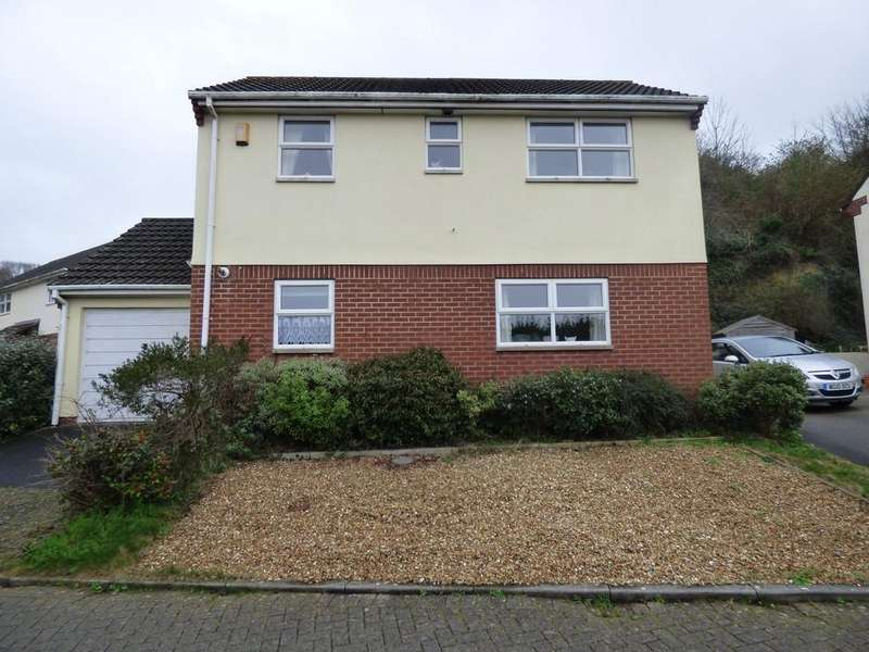 3 Bedrooms Detached House for sale in Paddons Coombe, Kingsteignton, TQ12 3YX