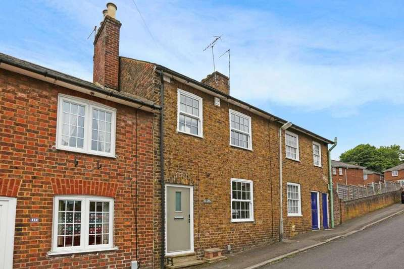 3 Bedrooms Terraced House for sale in Highfield Road, Berkhamsted