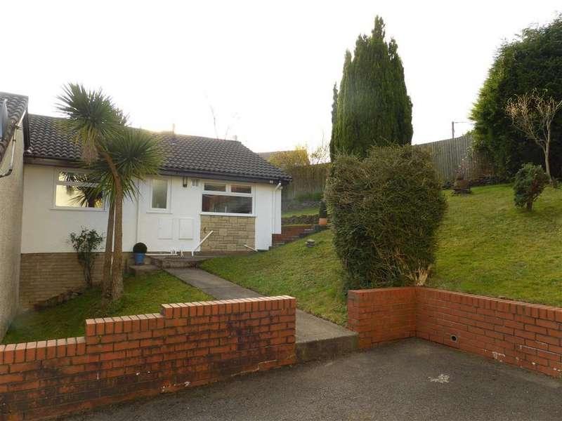2 Bedrooms Bungalow for sale in 89 Bay View Gardens, Skewen, Neath