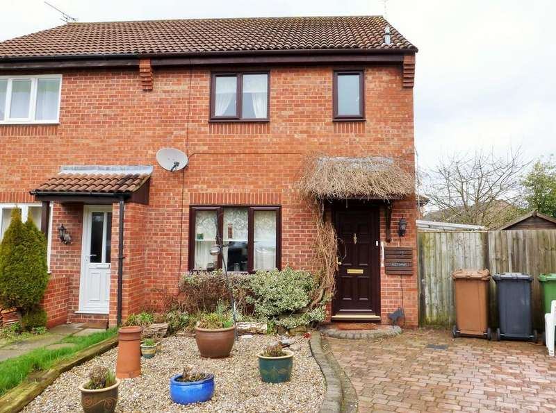 3 Bedrooms Semi Detached House for sale in North Walsham, Norfolk