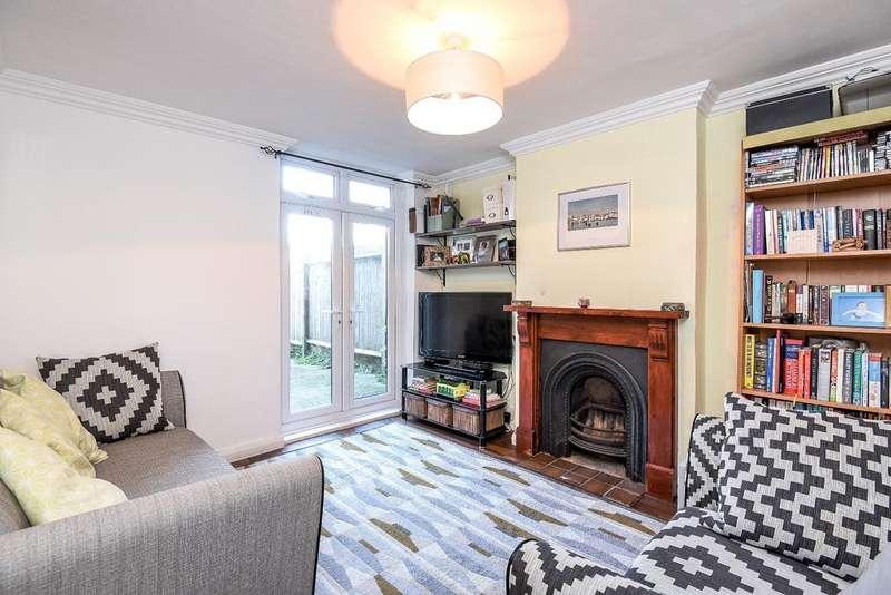 2 Bedrooms Flat for sale in Birkbeck Road Beckenham BR3