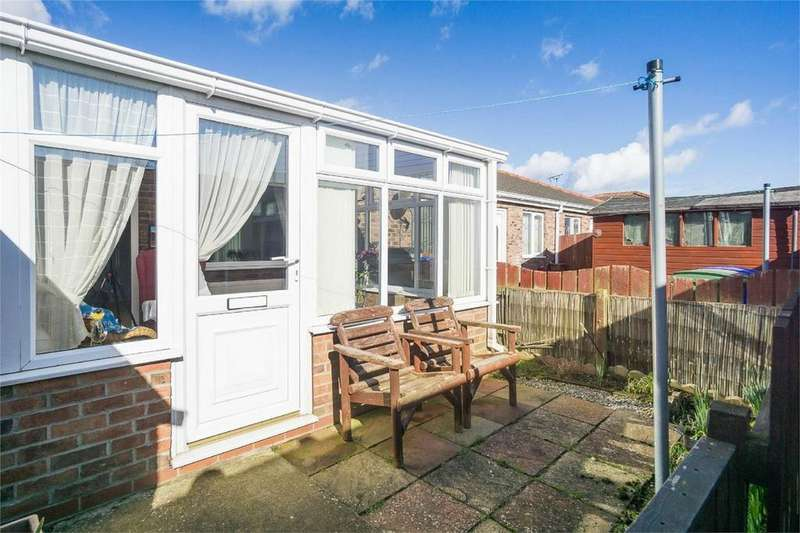 2 Bedrooms Terraced Bungalow for sale in Trinity Fields, WITHERNSEA, East Riding of Yorkshire