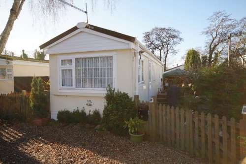 1 Bedroom Detached House for sale in b The Crescent, St Leonards