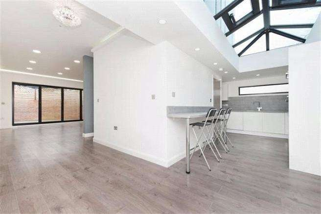 3 Bedrooms Detached House for sale in Upper Brockley Road, London SE4