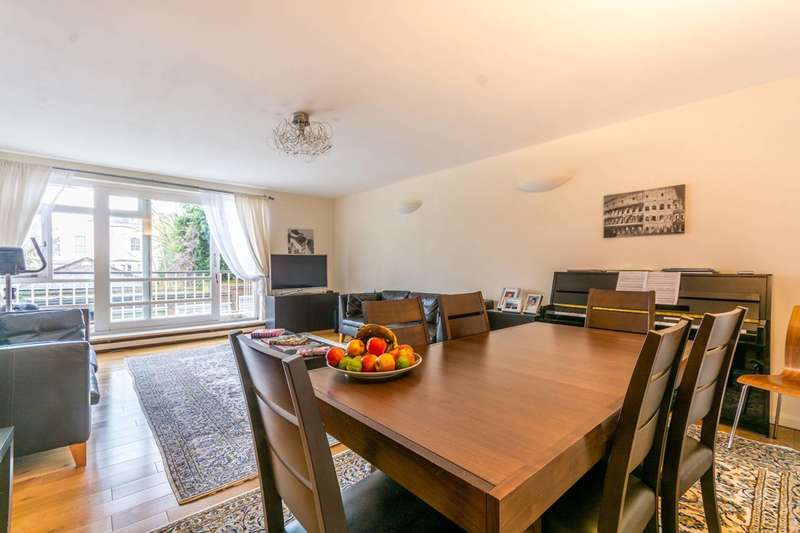 3 Bedrooms Flat for sale in St John's Wood Park, St John's Wood, NW8