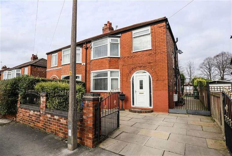 3 Bedrooms Semi Detached House for sale in Sterndale Road, Davenport, Stockport