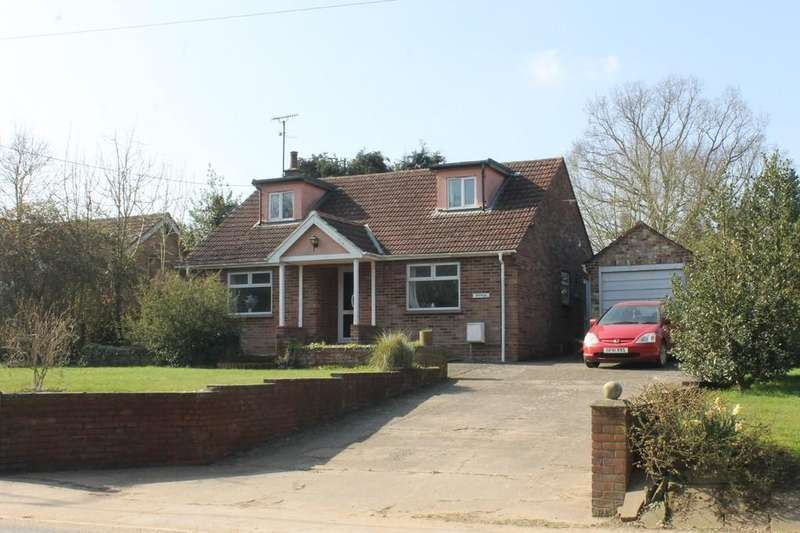 3 Bedrooms Chalet House for sale in Framlingham, Suffolk
