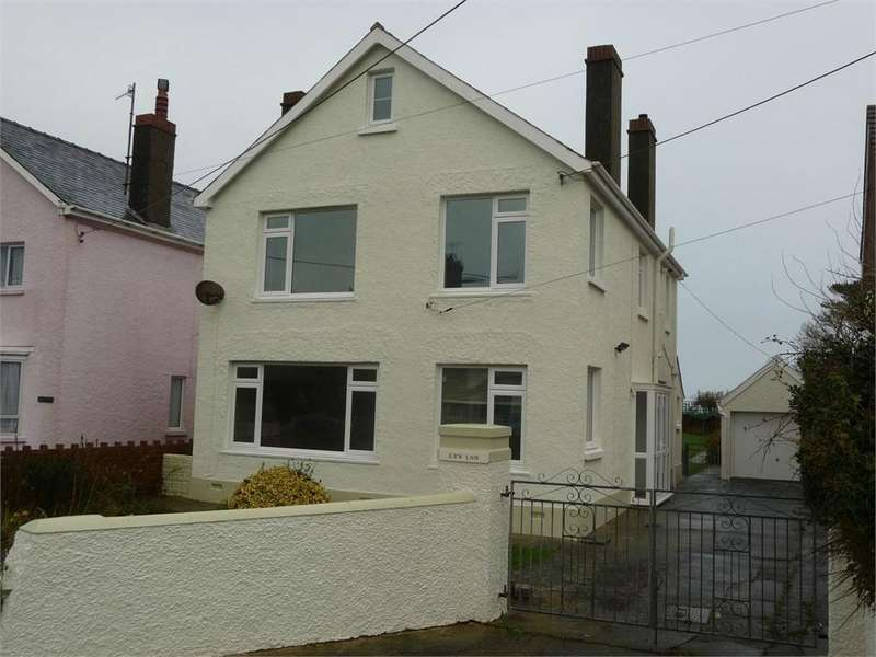 3 Bedrooms Detached House for sale in Erw Lon, Sladeway, Fishguard, Pembrokeshire