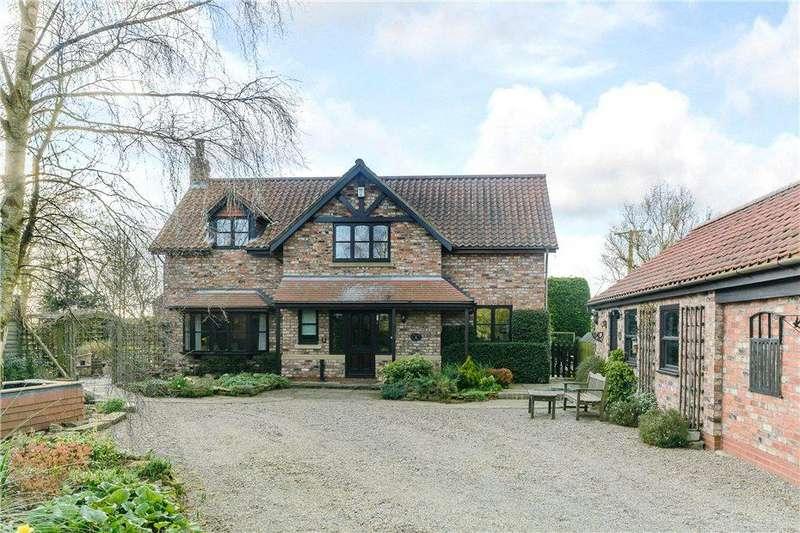 4 Bedrooms Detached House for sale in Broad Lane, Appleton Roebuck, York, YO23