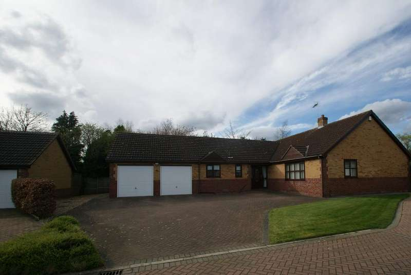 3 Bedrooms Detached Bungalow for sale in Broom Close, Tickhill