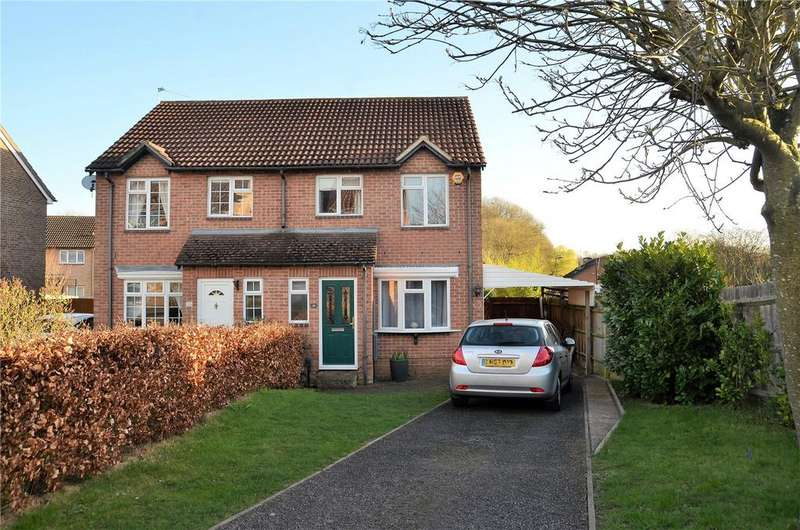 3 Bedrooms Semi Detached House for sale in Sweet Briar Drive, Calcot, Reading, Berkshire, RG31