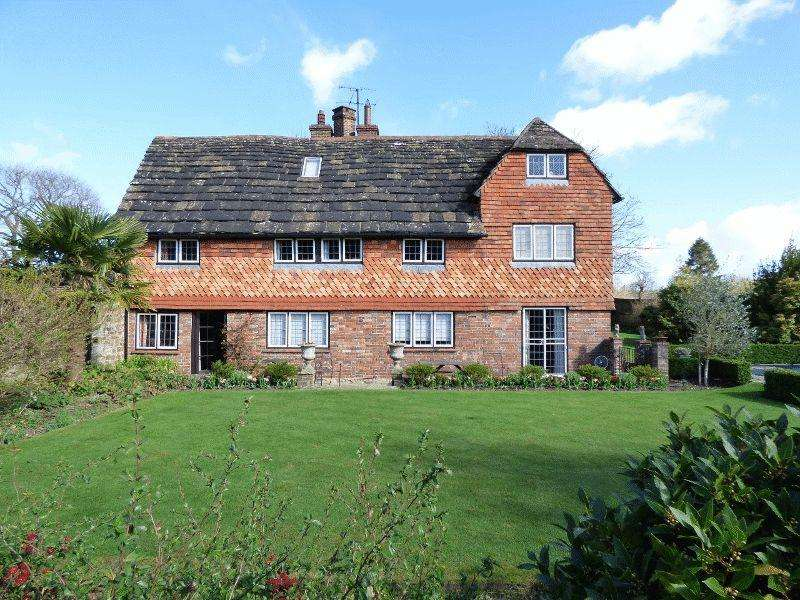 6 Bedrooms Detached House for sale in The Green, Slaugham, West Sussex