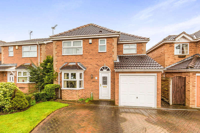 4 Bedrooms Detached House for sale in Long Field Drive, Edenthorpe, Doncaster, DN3