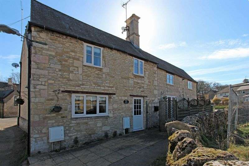 3 Bedrooms Semi Detached House for sale in The Green, Stamford