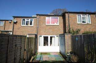 2 Bedrooms Terraced House for sale in The Wharf, Midhurst, West Sussex