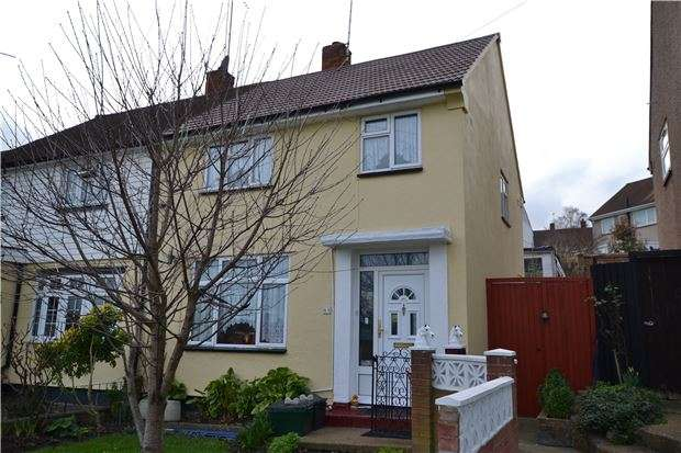 3 Bedrooms Semi Detached House for sale in Silverdale Road, St Pauls Cray, Orpington, Kent, BR5 2LU
