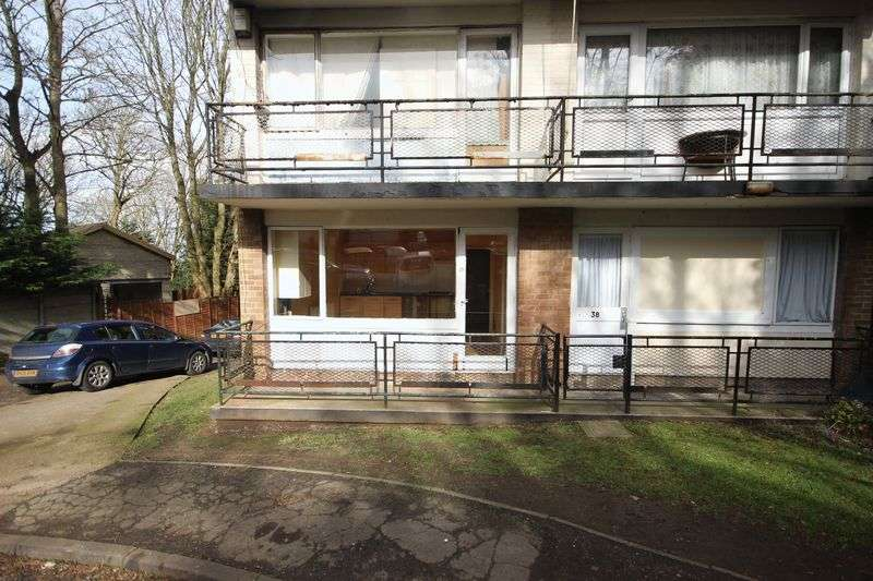1 Bedroom Flat for sale in Ruthin Close, Luton