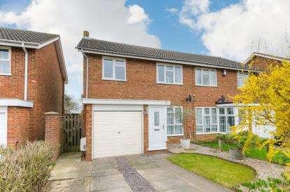 3 Bedrooms Semi Detached House for sale in Partridge Piece, Cranfield, Bedford, Bedfordshire