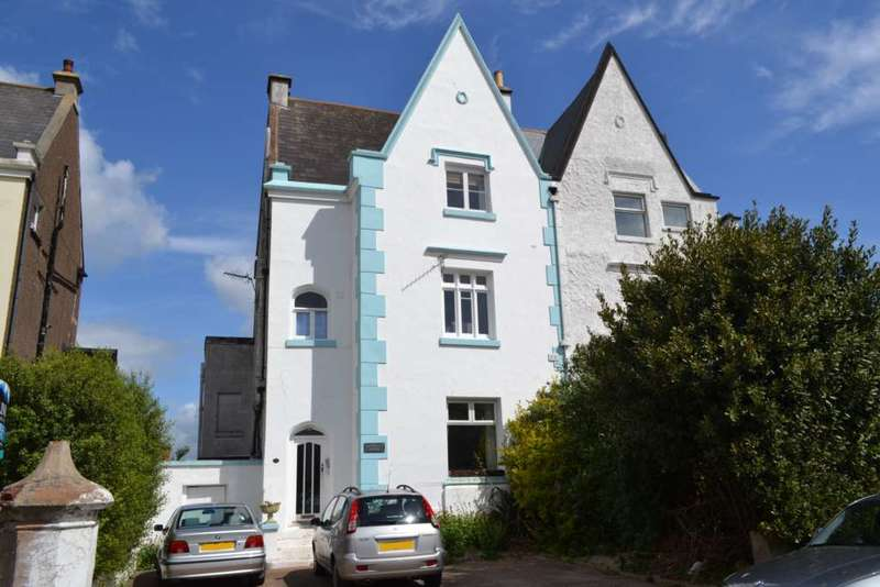 2 Bedrooms Flat for sale in North Street, Exmouth