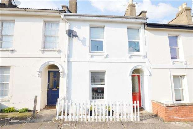 2 Bedrooms Terraced House for sale in Ewlyn Terrace, Fairfield Road, CHELTENHAM, Gloucestershire, GL53 7PD