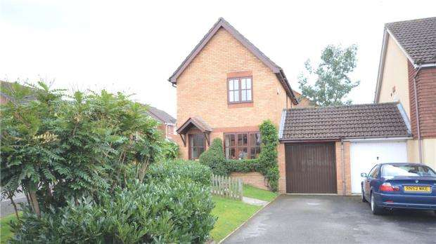 3 Bedrooms Link Detached House for sale in Hebbecastle Down, Warfield