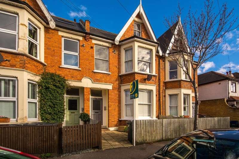 2 Bedrooms Flat for sale in Quadrant Road, Thornton Heath, CR7