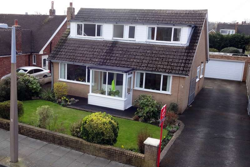 3 Bedrooms Detached Bungalow for sale in Walmer Road, Lytham St Annes, FY8
