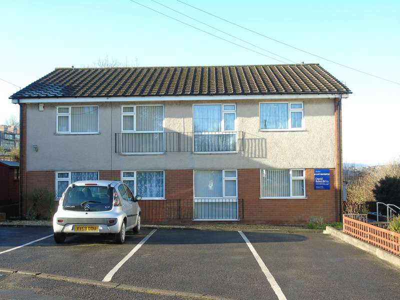 2 Bedrooms Ground Flat for sale in Northcliffe Drive, Penarth